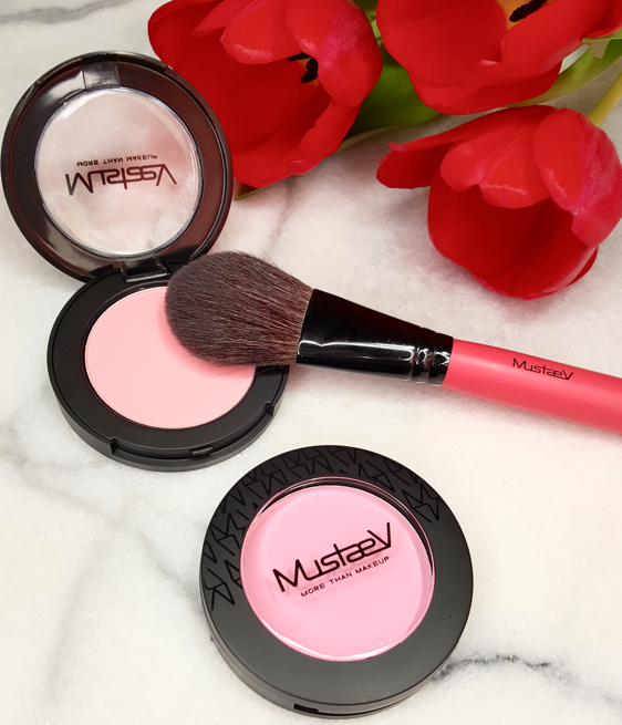 Easy Go Blush Brush