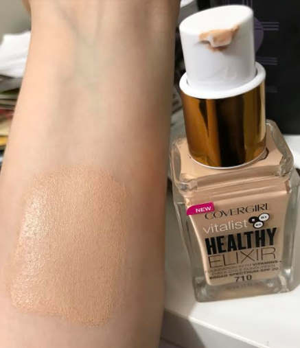 Covergirl Vitalist Healthy Elixir Foundation with Vitamins