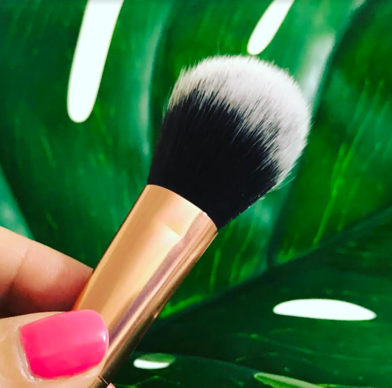 Luxie Foundation Brush